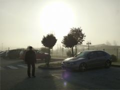 Raststätte bei Nürnberg früh morgens