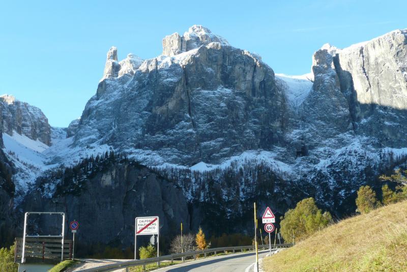Uphill Grödnerjoch.JPG