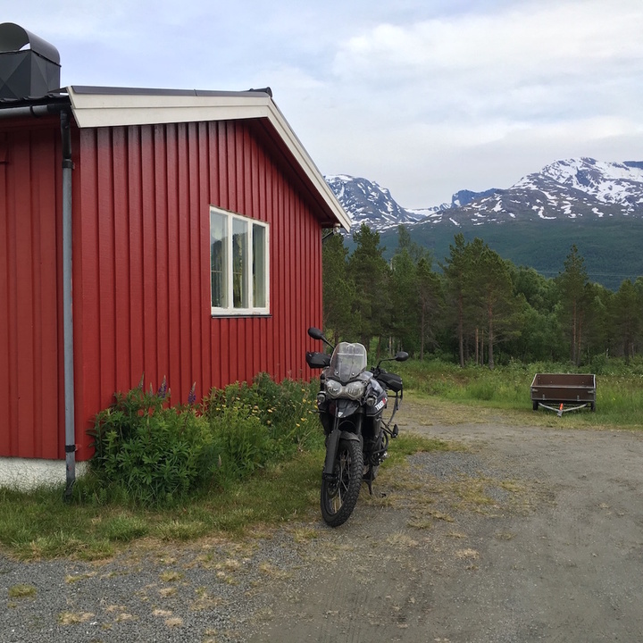2016-06-27_1930_Norwegen_Huette.JPG