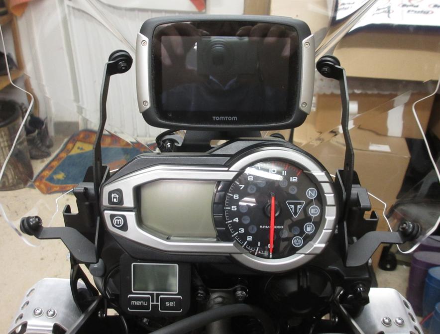 TomTom Rider 400 / Instrumententafel / Scottöler