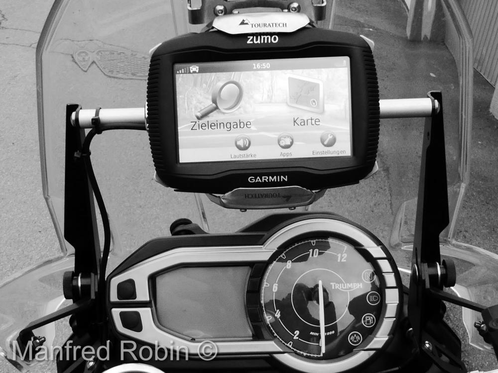 800 XC Display.JPG